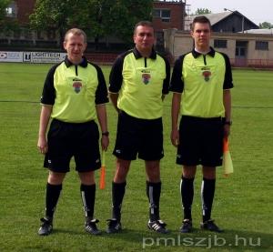 A mérkőzés játékvezetői: Kányási István, Kristóf Péter, és Kristóf Dániel